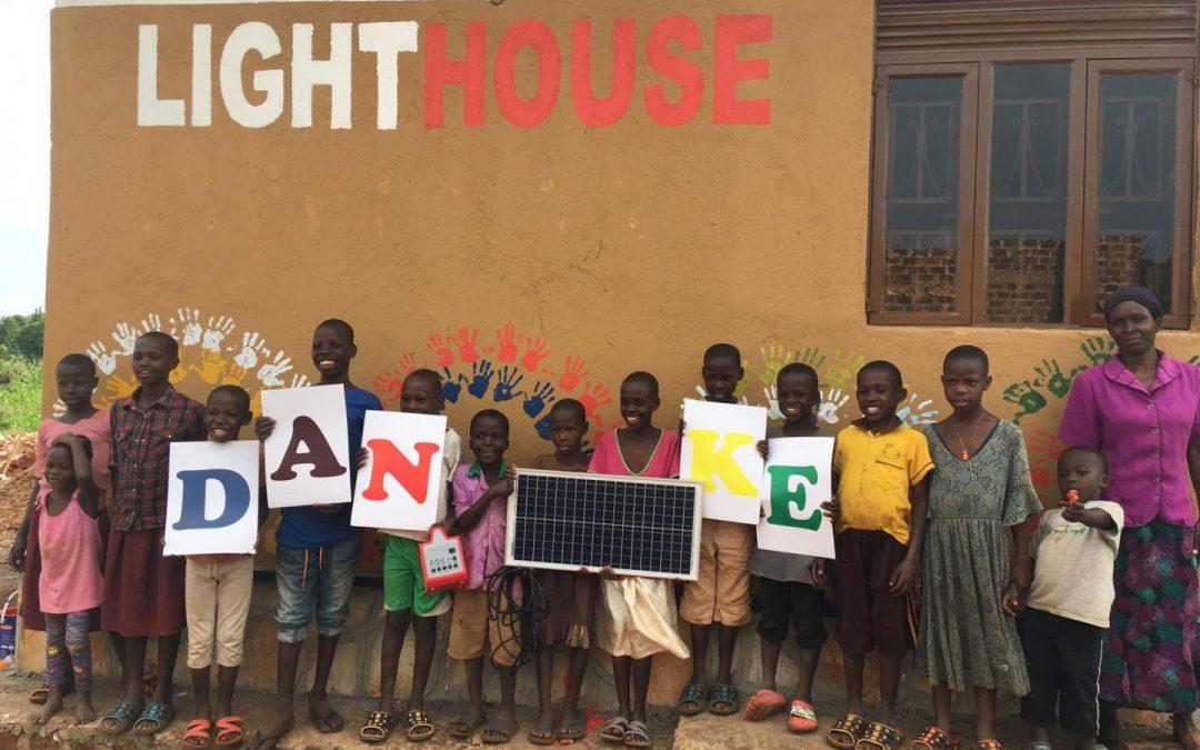 12. Solarbeleuchtung für ein Waisenhaus in Uganda